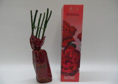 Rosen wurzelnackt verpackt